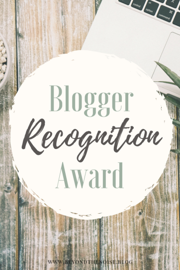 Blogger Recognition Award Pin(1)